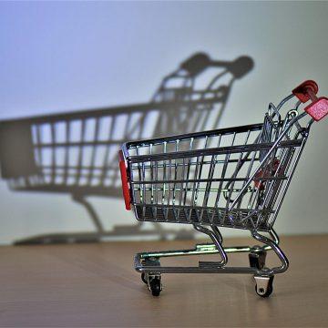 Istat: consumi a rilento